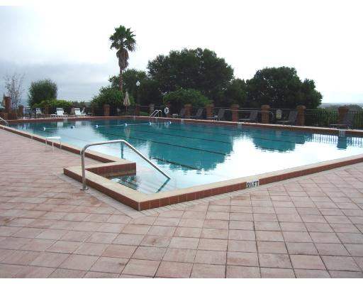 Harbor Hills pool area1.jpg