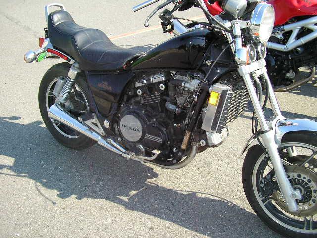 motorcycles 002.jpg