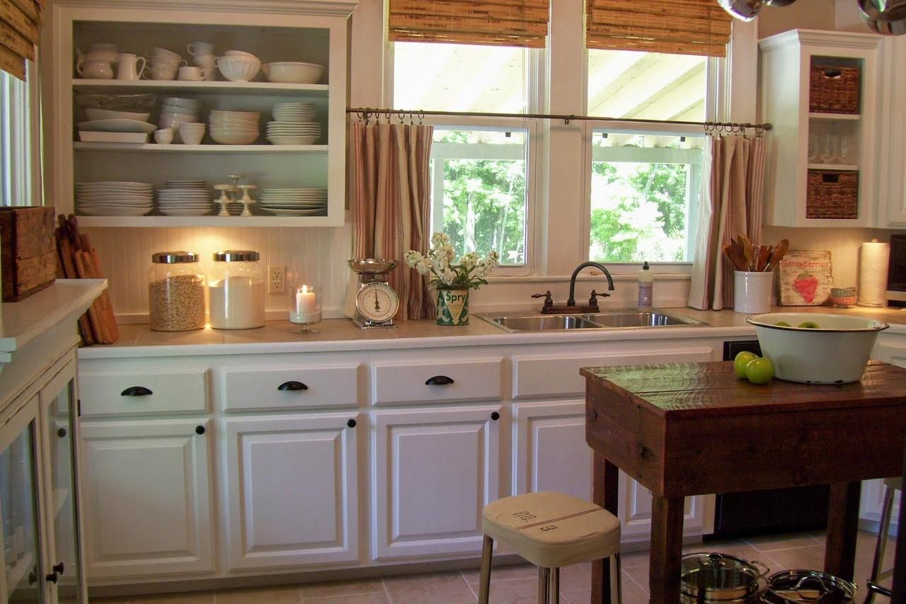 Learn With Lynn budget kitchen remodel Can t afford an entire kitchen remodel in one fell swoop You can complete the work in 5 budget saving stages and still cook dinner during the down